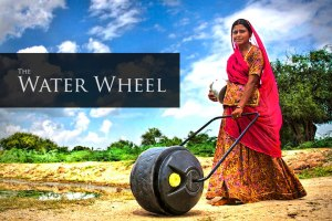 Transporte de agua con Wello Water Wheel